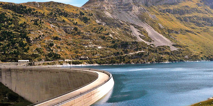 Il luogo del mese: la diga e il lago di Lei