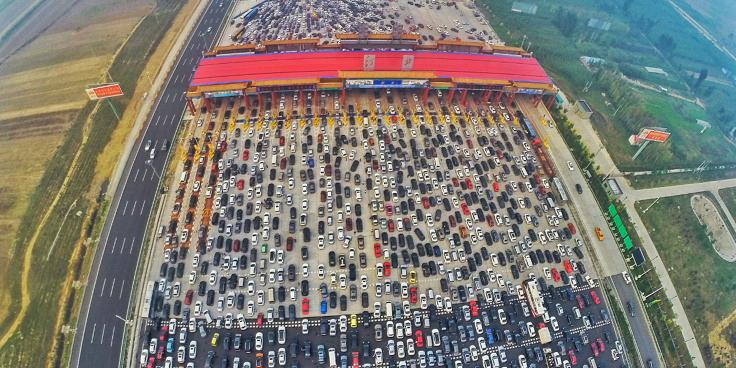 Apocalisse a quattro ruote: nell'inferno degli ingorghi cinesi
